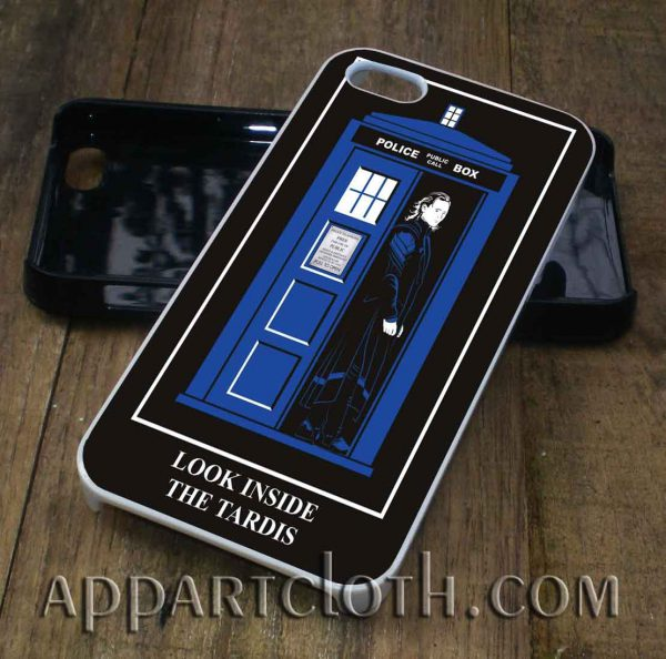 Look Inside The Tardis phone case